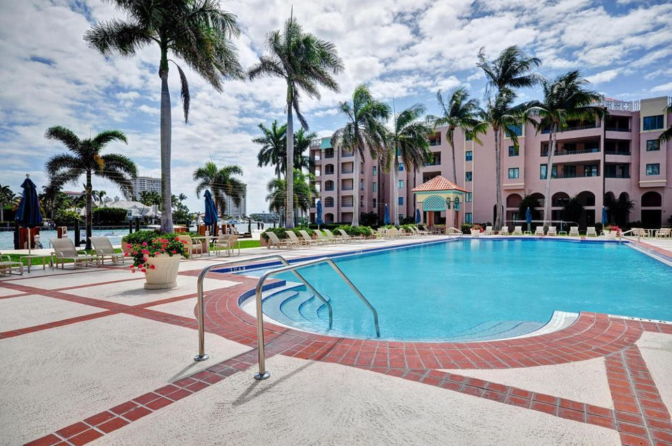 Condominium for Rent at 120 SE 5th Avenue # Ph25 120 SE 5th Avenue # Ph25 Boca Raton, Florida 33432 United States