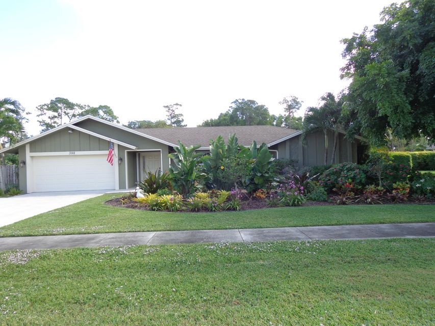 Home for sale in Pinewood East Wellington Florida