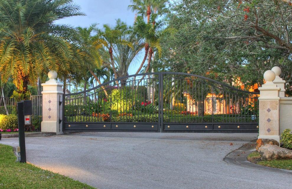18709 SE Palm Island Lane, Jupiter, FL 33458