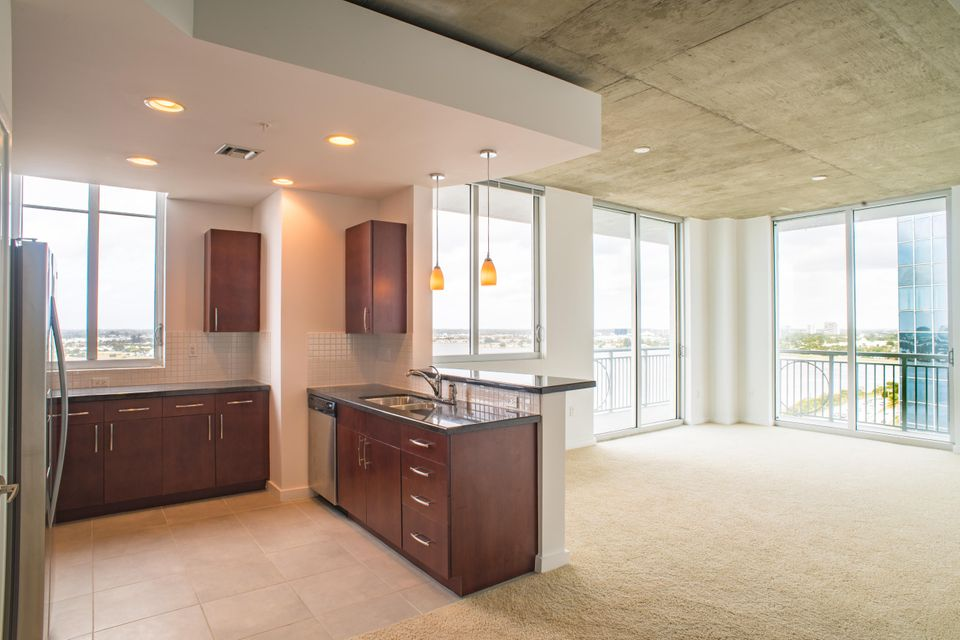 Additional photo for property listing at 300 S Australian Avenue  West Palm Beach, Florida 33401 Vereinigte Staaten