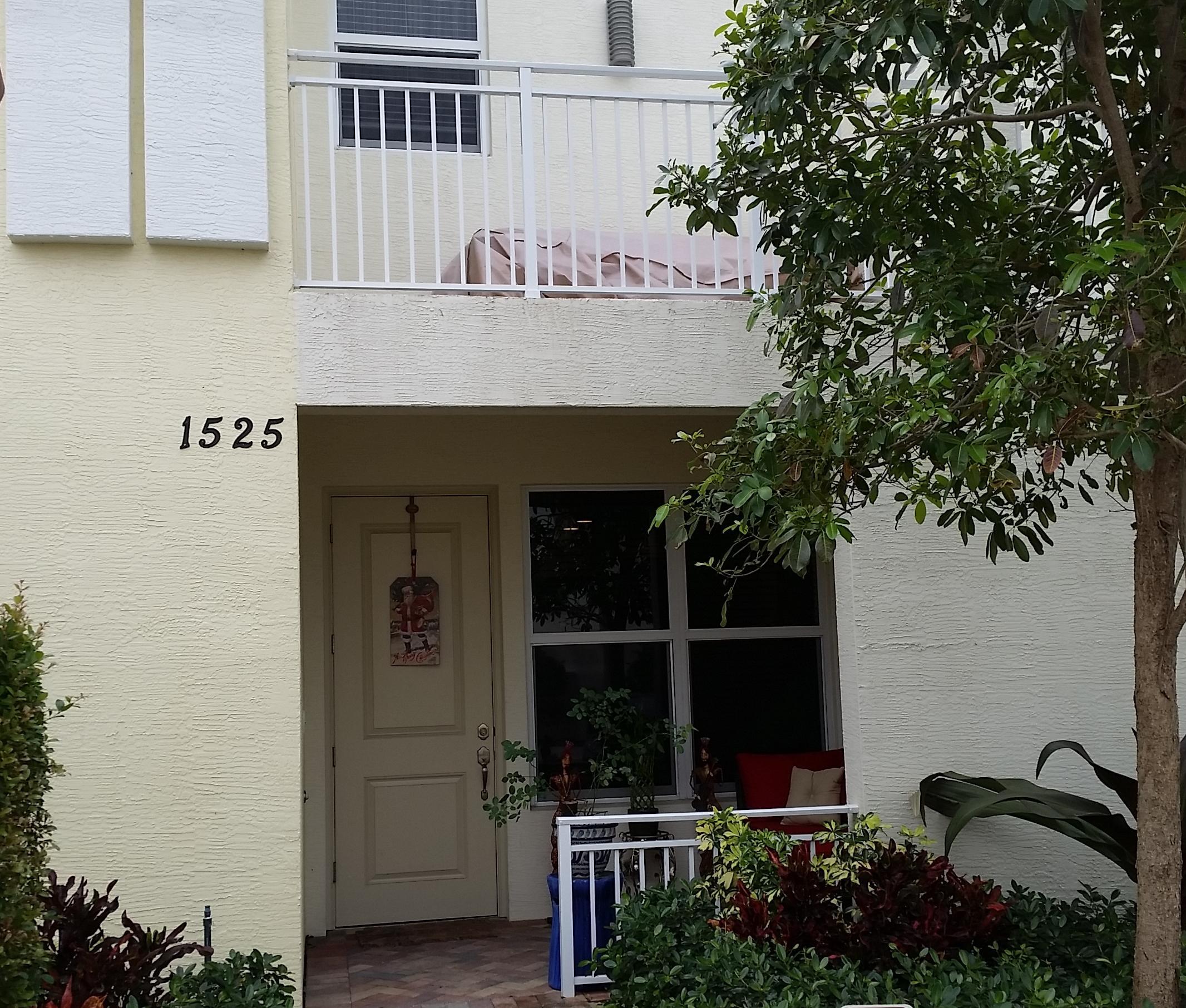 1525 NW 49th Lane 1525, Boca Raton, FL 33431