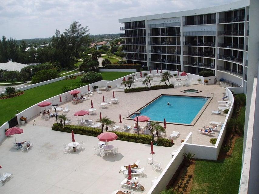 Additional photo for property listing at 1300 S Highway A1a 1300 S Highway A1a Jupiter, Florida 33477 Estados Unidos