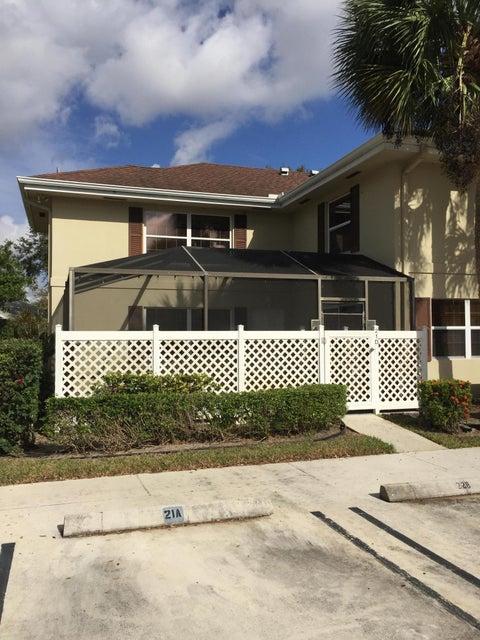 21 Bedford Court D  Royal Palm Beach, FL 33411