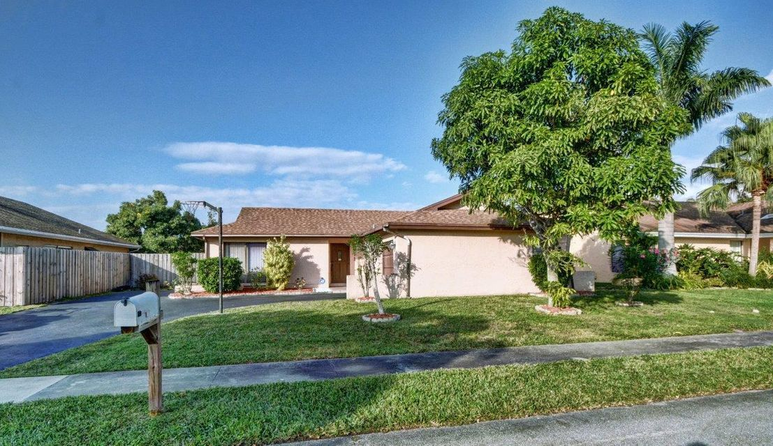 8611 NW 47th Court, Lauderhill, FL 33351