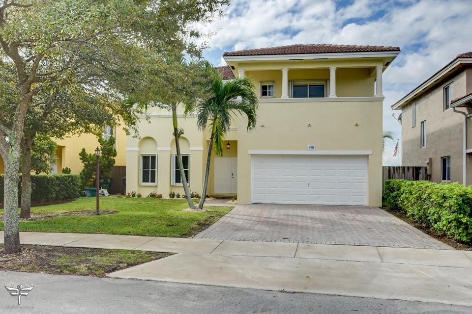 14016 SW 132nd Avenue, Miami, FL 33186