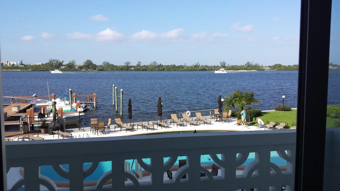 2840 S Ocean Boulevard 206, Palm Beach, FL 33480