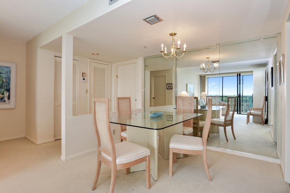 Additional photo for property listing at 7835 Lakeside Boulevard 7835 Lakeside Boulevard Boca Raton, Florida 33434 United States