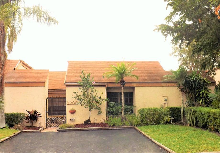 5209 Nutmeg Drive, Palm Beach Gardens, FL 33418