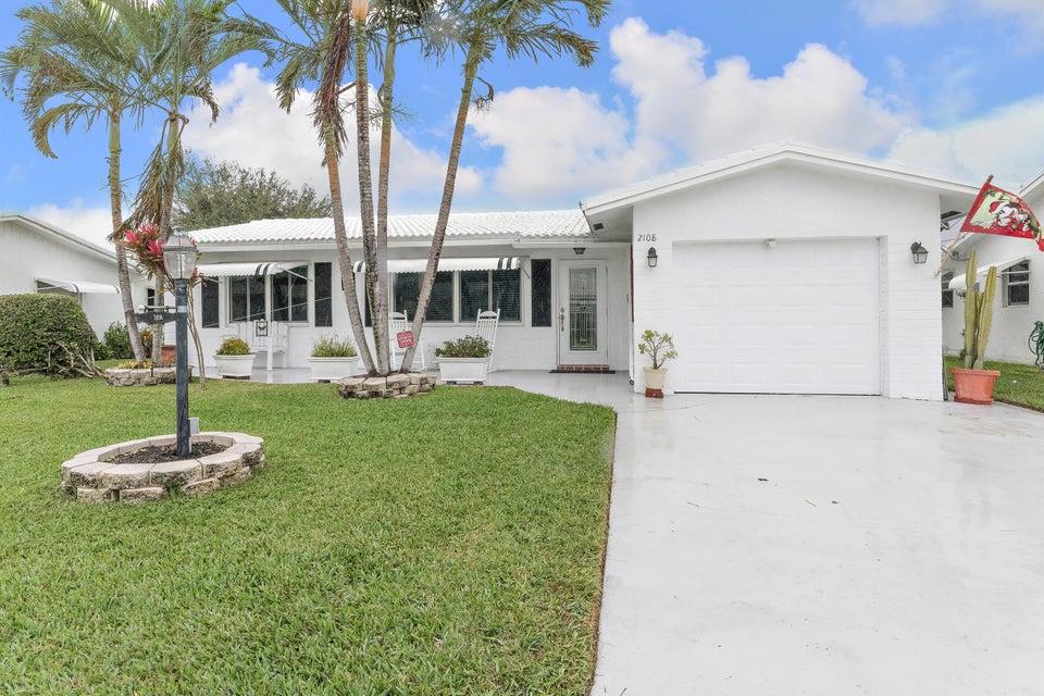 2108 SW 14th Place, Boynton Beach, FL 33426