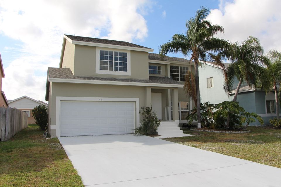 Great opportunity to buy a 4 bedroom 2.5 bathroom single family home within the wonderful community Alden Ridge in Boynton Beach.Everything is fully remodeled and brand new!