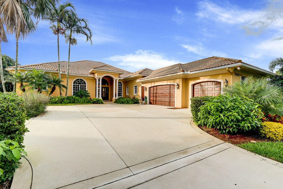 Maison unifamiliale pour l Vente à 11831 Keswick Way 11831 Keswick Way West Palm Beach, Florida 33412 États-Unis