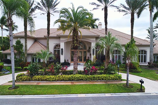 Maison unifamiliale pour l Vente à 7035 Queenferry Circle 7035 Queenferry Circle Boca Raton, Florida 33496 États-Unis