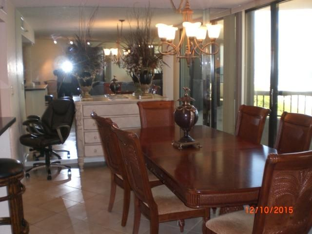 Additional photo for property listing at 600 Ocean Drive 600 Ocean Drive Juno Beach, Florida 33408 United States