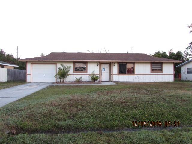 1339 SE Petunia Avenue, Port Saint Lucie, FL 34952