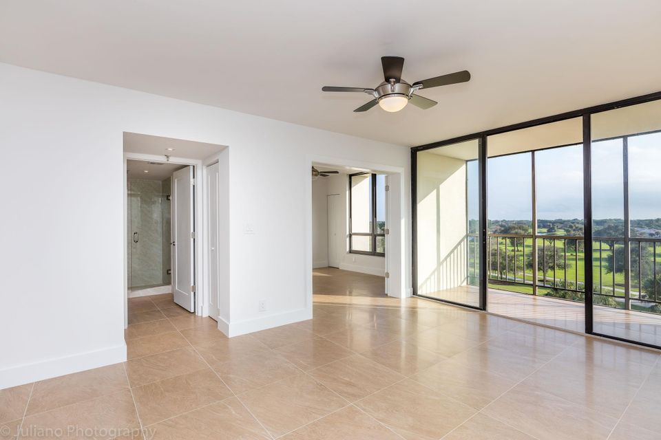 Additional photo for property listing at 6805 Willow Wood Drive  Boca Raton, Florida 33434 États-Unis