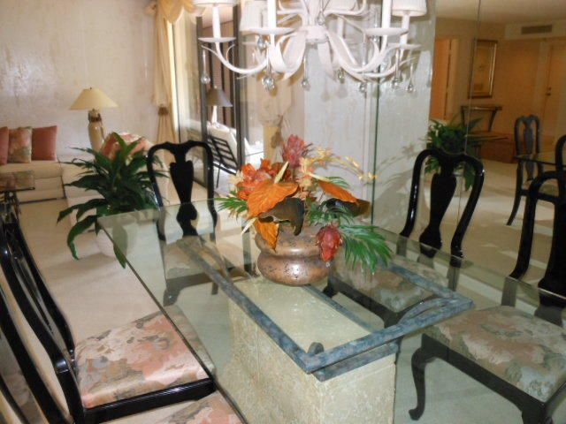 Additional photo for property listing at 7819 Lakeside Boulevard 7819 Lakeside Boulevard Boca Raton, Florida 33434 United States