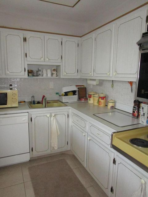 Additional photo for property listing at 2728 N Garden Drive  Lake Worth, Florida 33461 United States