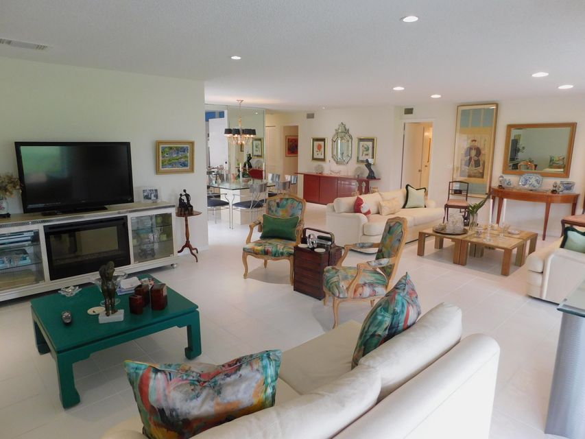 Additional photo for property listing at 9 Westgate Lane 9 Westgate Lane Boynton Beach, Florida 33436 États-Unis