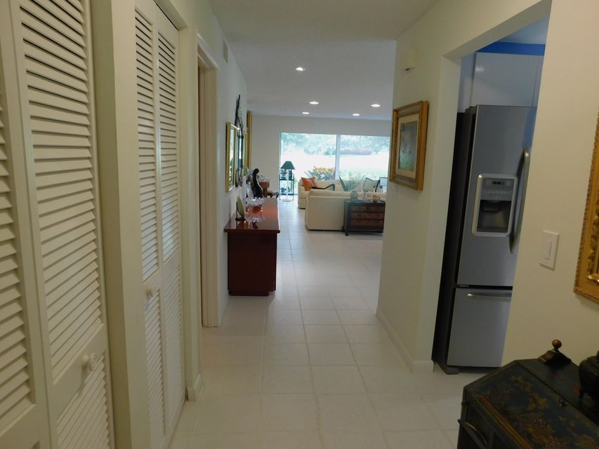 Additional photo for property listing at 9 Westgate Lane 9 Westgate Lane 博因顿海滩, 佛罗里达州 33436 美国