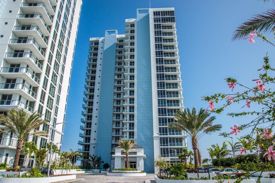 2 Water Club Way 1504-S, North Palm Beach, FL 33408