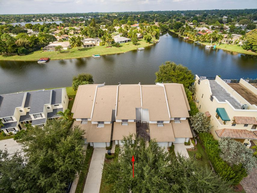 12602 Westhampton Circle 24  Wellington, FL 33414