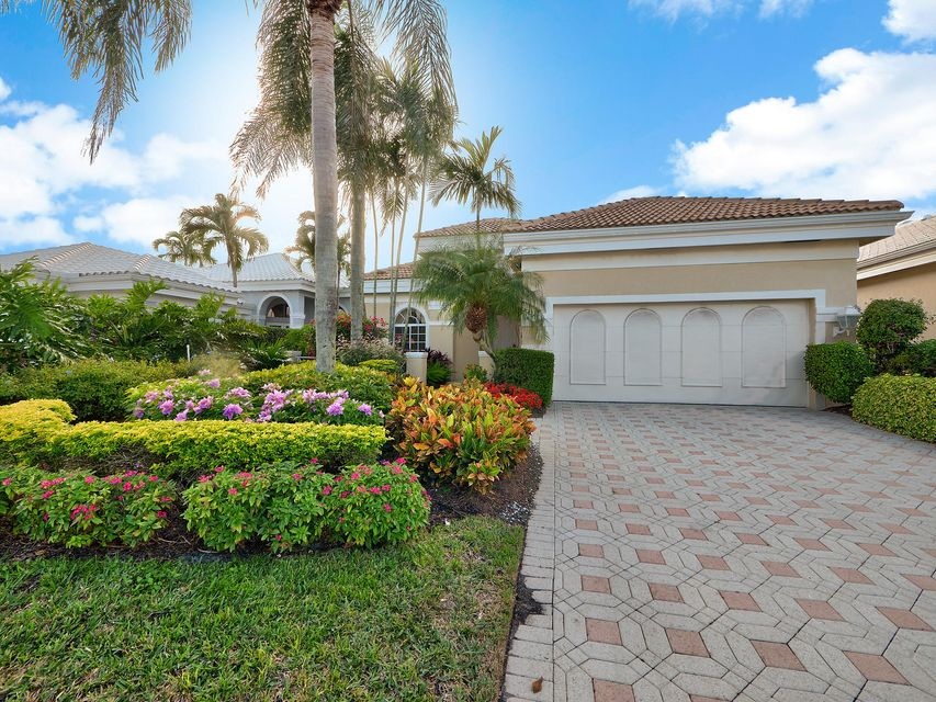 Maison unifamiliale pour l Vente à 131 Emerald Key Lane Palm Beach Gardens, Florida 33418 États-Unis