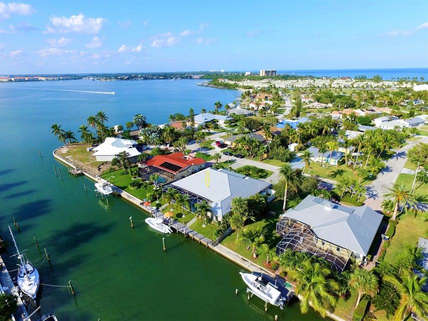 1707 Sunset Isles Road, Fort Pierce, FL 34949
