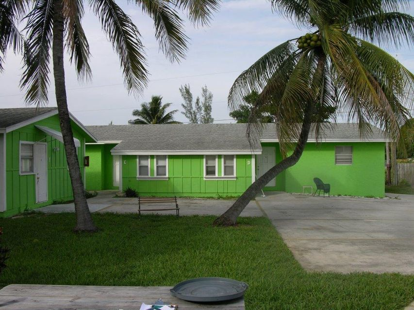 2717 Richard Road, West Palm Beach, FL 33403