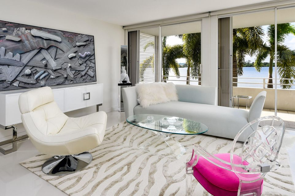 Additional photo for property listing at 2784 S Ocean Boulevard 2784 S Ocean Boulevard Palm Beach, Florida 33480 États-Unis