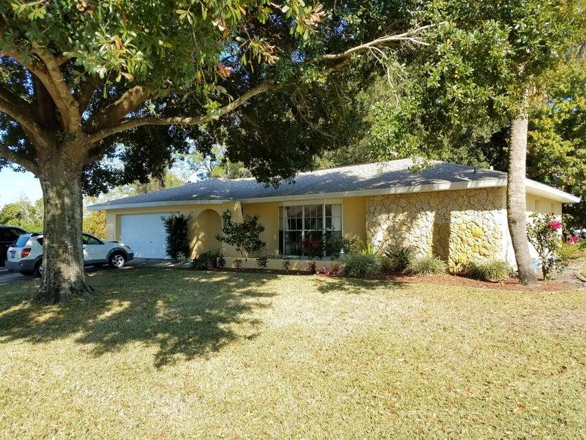4520 Navarre Avenue, Sebring, FL 33872