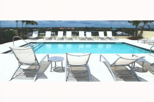 Additional photo for property listing at 225 NE 1st 225 NE 1st Delray Beach, Florida 33444 Estados Unidos