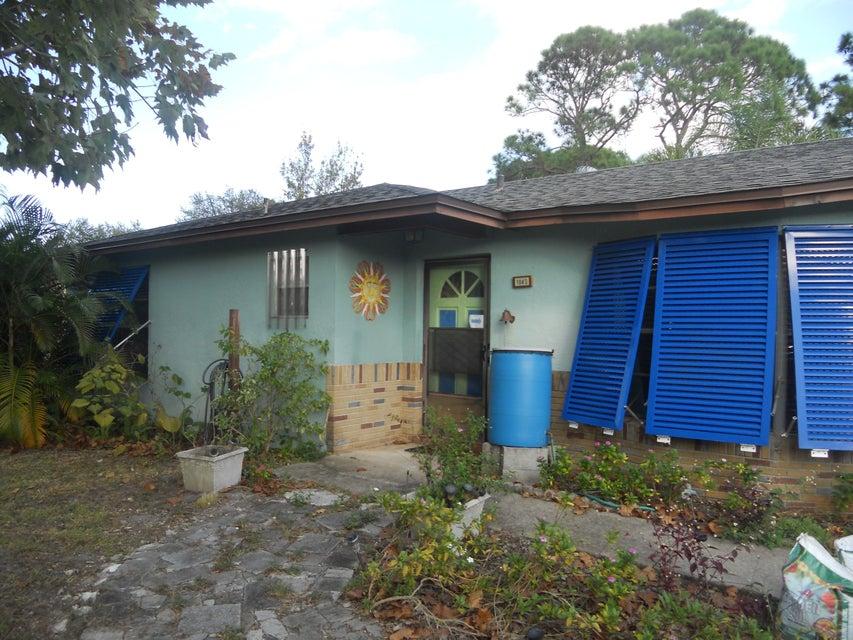 1043 Federal Avenue SE, Palm Bay, FL 32909