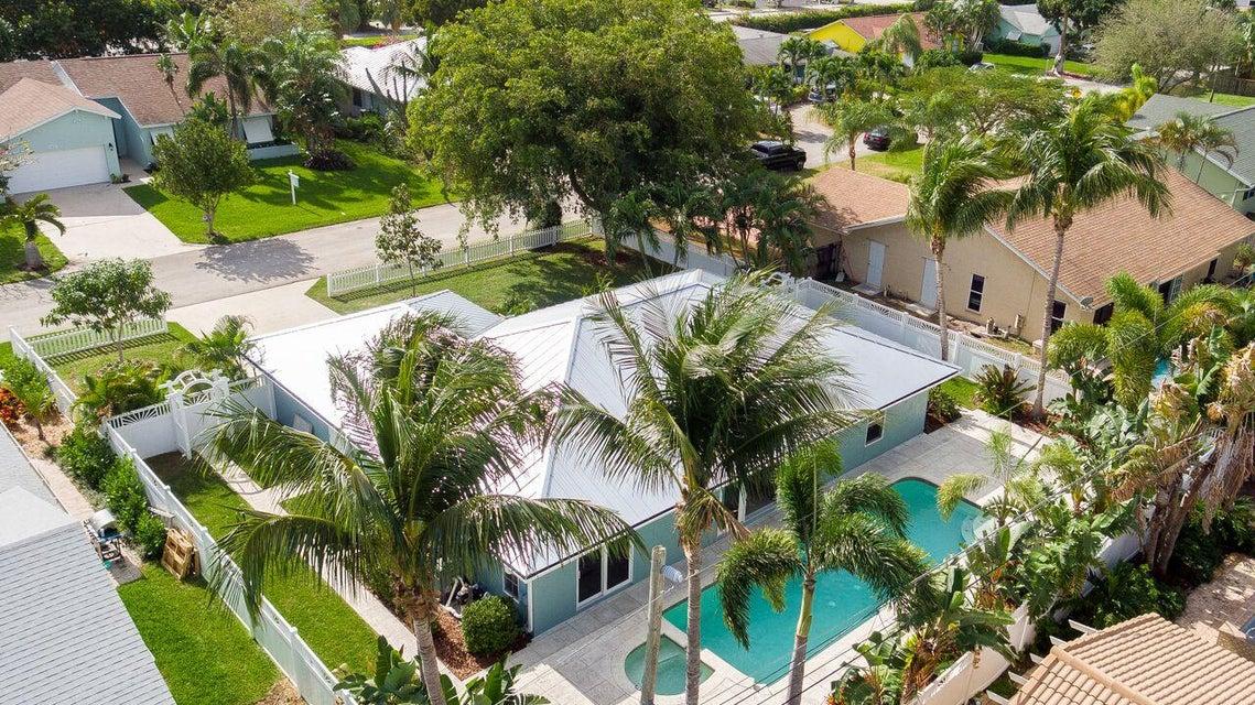 621 Enfield Road, Delray Beach, FL 33444
