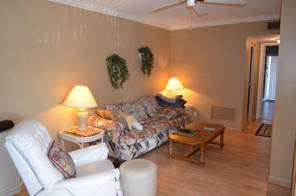 3200 Lake Osborne Drive 209, Lake Worth, FL 33461