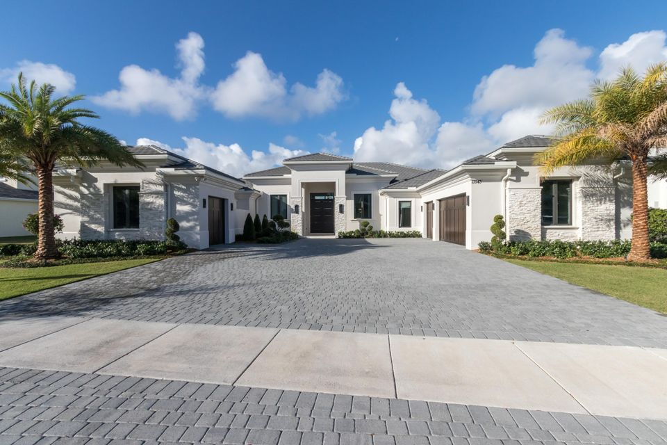 13943 Chester Bay Ln, North Palm Beach, FL 33408