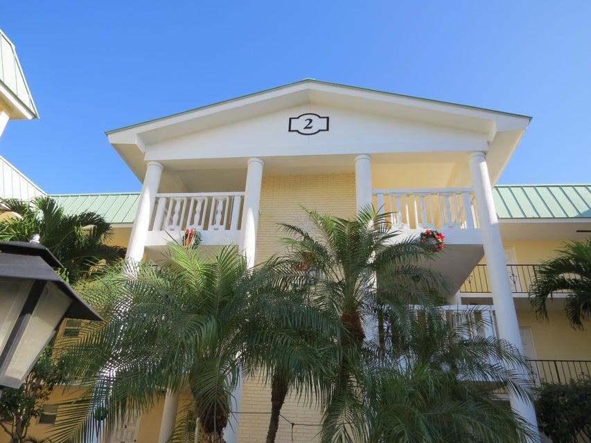 2 Colonial Club Drive 201, Boynton Beach, FL 33435