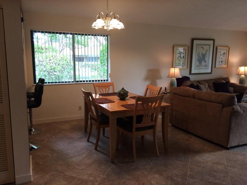 Additional photo for property listing at 222 Club Drive 222 Club Drive Palm Beach Gardens, Florida 33418 États-Unis