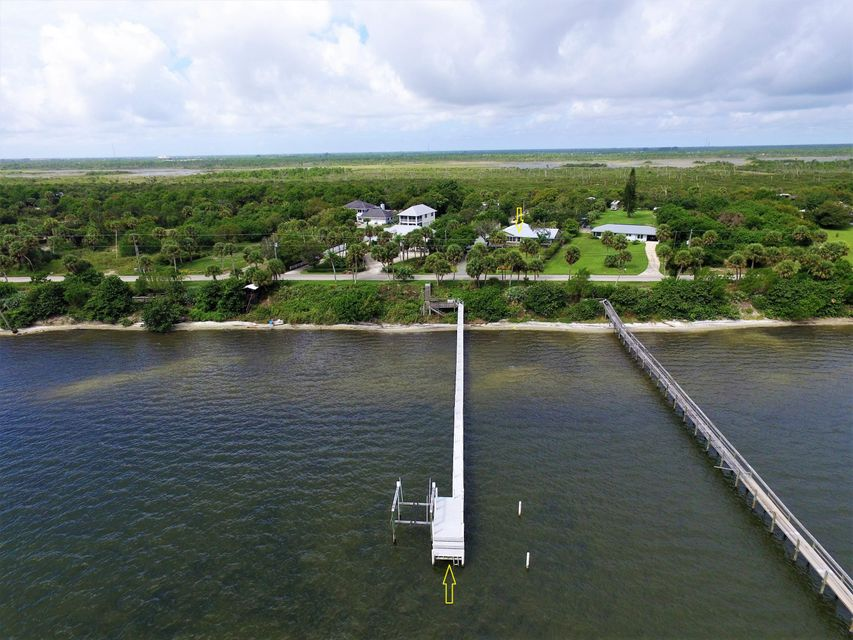 9509 S Indian River Drive, Fort Pierce, FL 34982