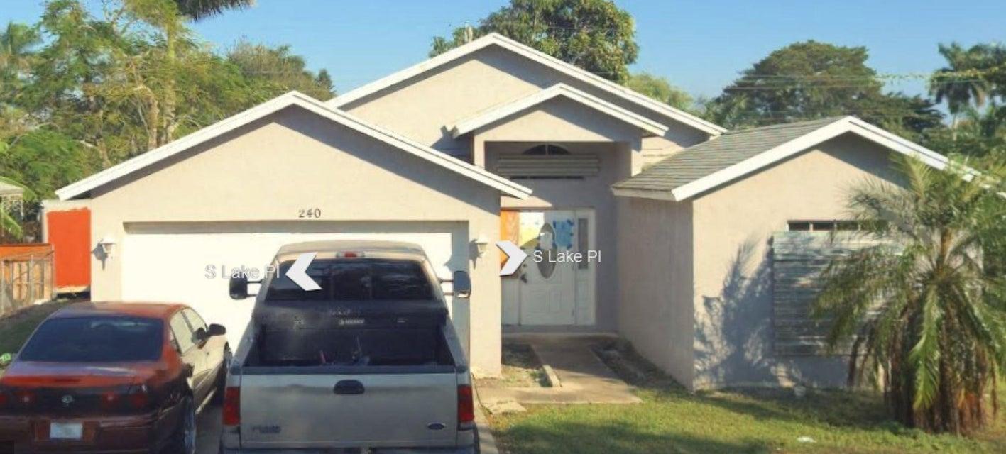 240 S Lake Avenue, Pahokee, FL 33476