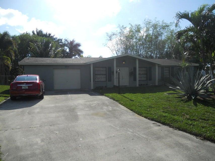 6928 Kingston Drive  Lake Worth, FL 33462