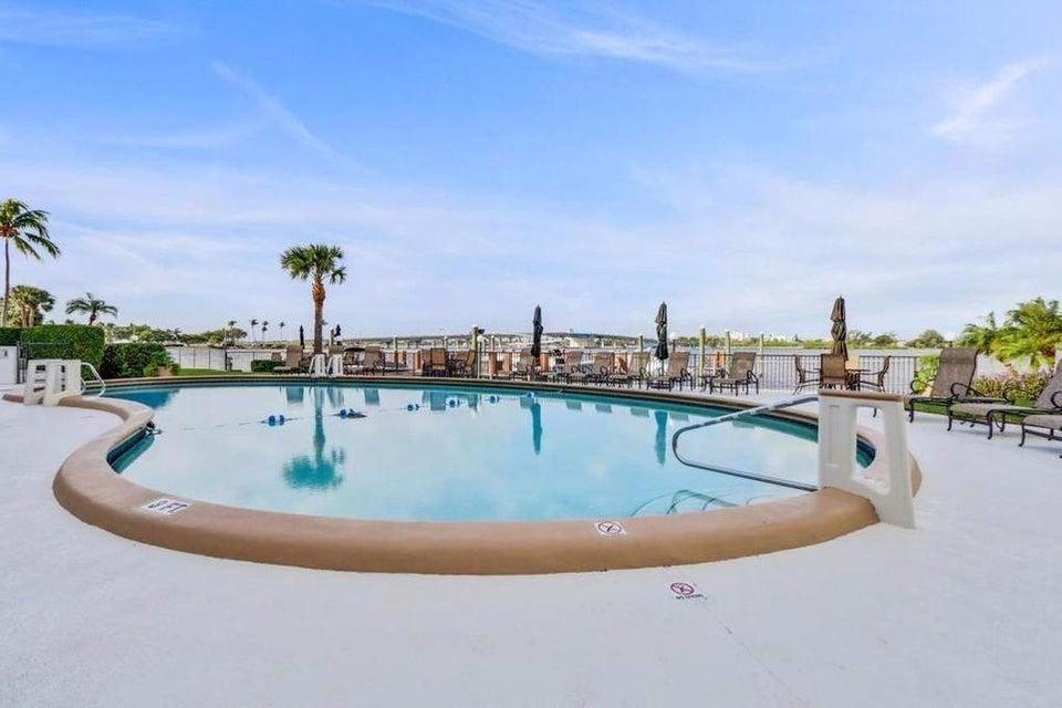 2840 S Ocean Boulevard 319, Palm Beach, FL 33480