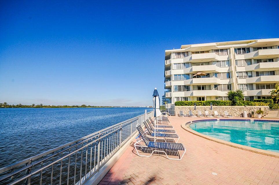 2773 S Ocean Boulevard 106  Palm Beach FL 33480