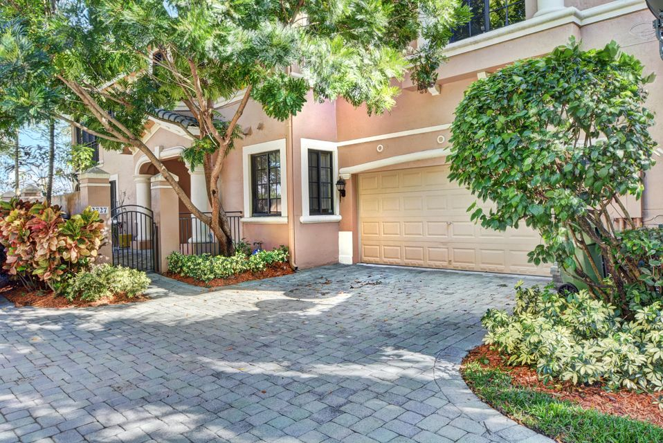 2727 Center Ct Drive 1-17, Weston, FL 33332
