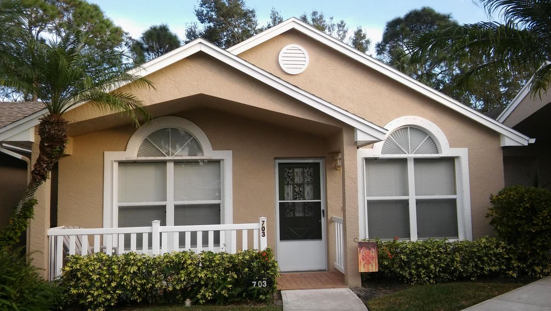 703 NW San Remo Circle, Saint Lucie West, FL 34986