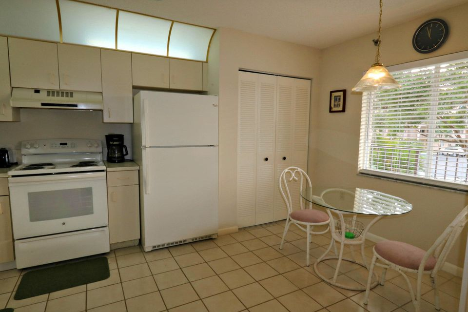 Additional photo for property listing at 275 Palm Avenue 275 Palm Avenue Jupiter, Florida 33477 United States