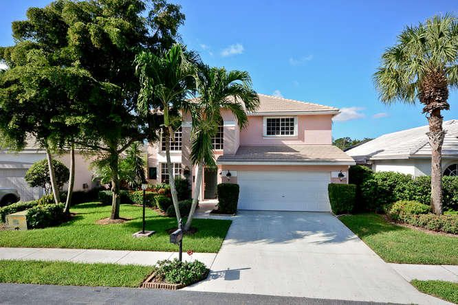 660 W Clearbrook Circle, Delray Beach, FL 33445