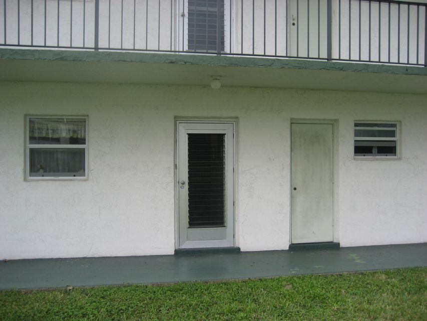 750 Lori Drive 231, Palm Springs, FL 33461