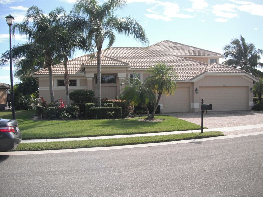 6350 Greenhedge Court  West Palm Beach, FL 33411