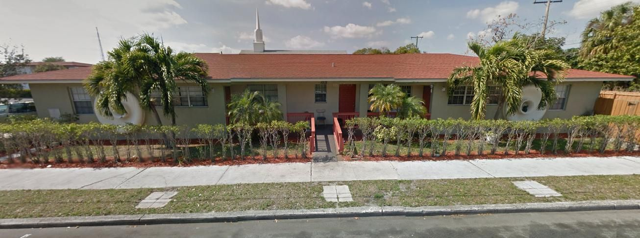 Triplex للـ Sale في 1001 Douglass Avenue 1001 Douglass Avenue West Palm Beach, Florida 33401 United States