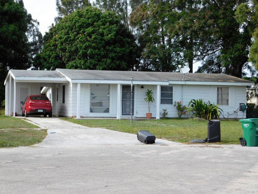 103 Englewood Road, Port Saint Lucie, FL 34983